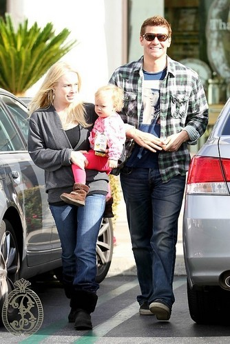 David Boreanaz.,his wife and daughter...!
