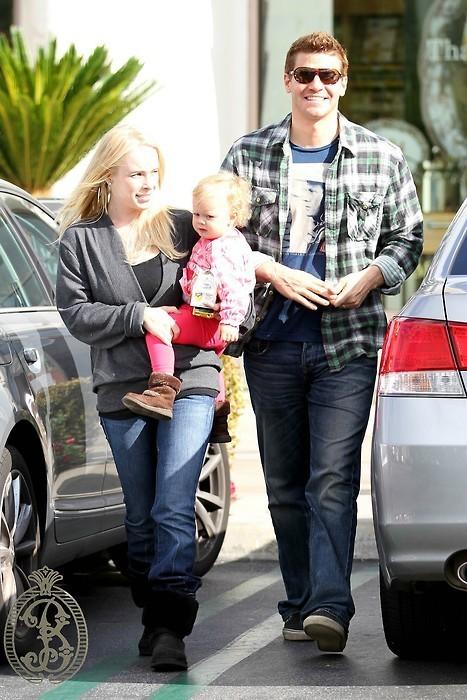David Boreanaz.,his wife and daughter...! - Bones Photo ...
