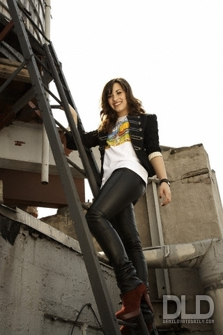Demi Lovato - D Hallman 2008 for M magazine photoshoot