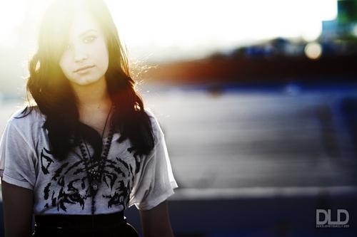 Demi Lovato - D Mai 2009 photoshoot