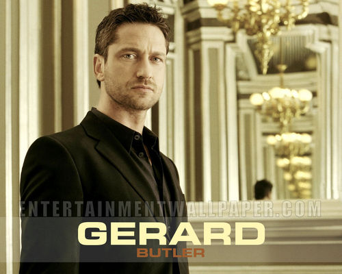 Gerard Butler wallpaper containing a business suit called Gerard Butler