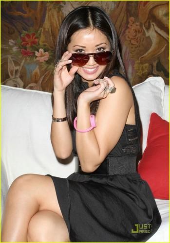Gorgeous Brenda!!<3
