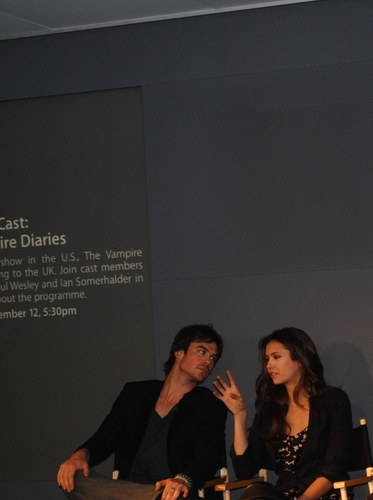 Ian/Nina  Old Pics - ian-somerhalder-and-nina-dobrev Photo