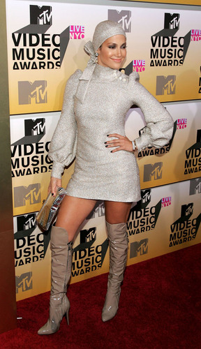 Jennifer Lopez at MTV,2006