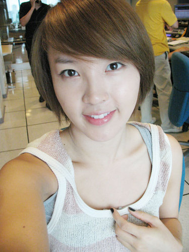 Jiyoon without make-up - 4minute Photo