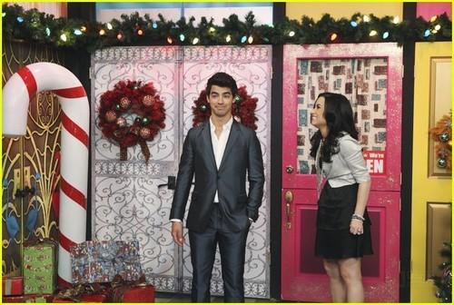 Joe Jonas Guest Stars on Sonny With A Chance!