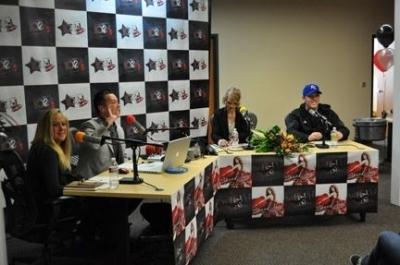 KZSN 102.1 FM (November 3, 2010)