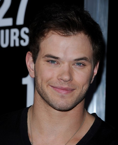 """Kellan @ Premiere Of volpe Searchlight Pictures' """"127 Hours"""""""