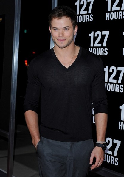 "Kellan @ Premiere Of лиса, фокс Searchlight Pictures' ""127 Hours"""