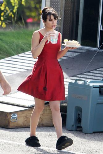 """Lea on """"Glee"""" Set"""