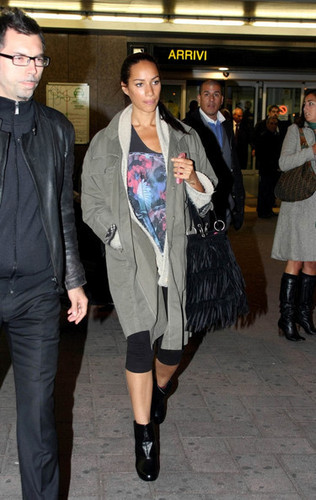 Leona Lewis Arrives In Milan