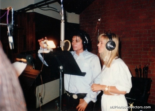 The Bad Era achtergrond entitled MJ ♥