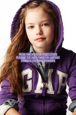Mackenzie Foy - GAP