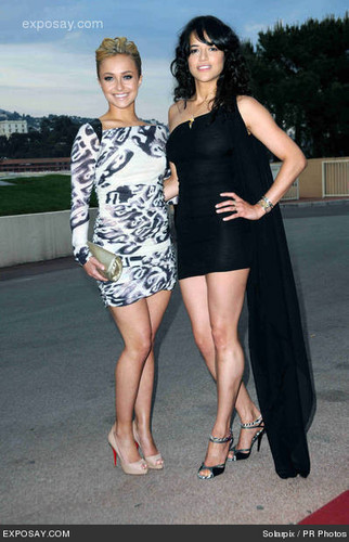 Michelle & Hayden Panettiere @ 2010 World muziki Awards