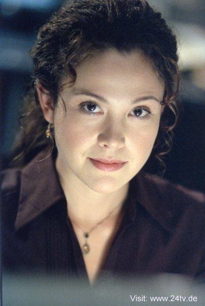 Reiko Aylesworth 24 Reiko Aylesworth as Mi...