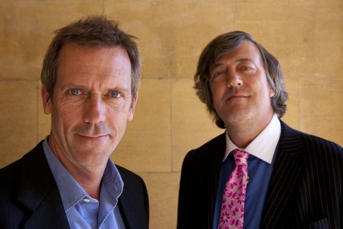 Hugh Laurie wallpaper containing a business suit and a suit called STEPHEN FRY & HUGH LAURIE TV SPECIAL (Reunion)