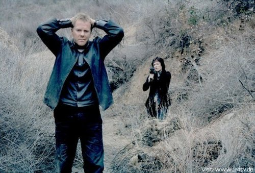 Sarah Clarke & Kiefer as Nina Myers & Jack Bauer