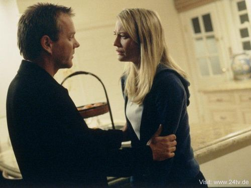 24 দেওয়ালপত্র called Sarah Wynter & Kiefer as Kate Warner & Jack Bauer
