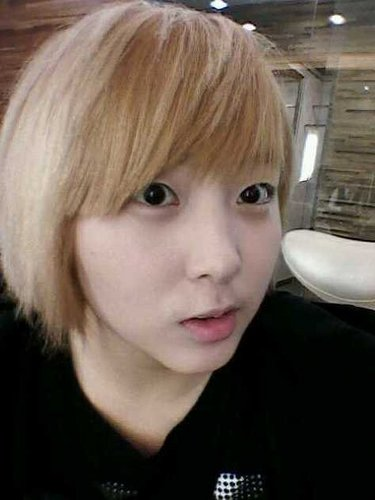 Sohyun - Goes blond.