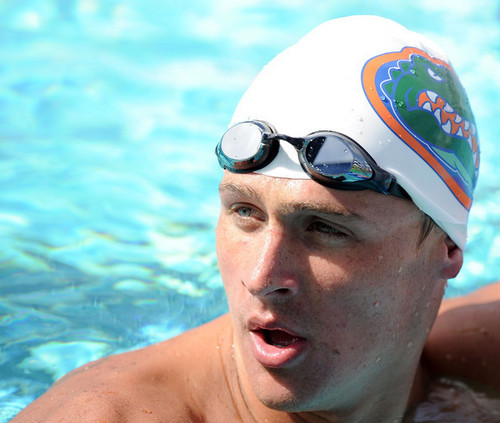 Ryan Lochte karatasi la kupamba ukuta with a breaststroker entitled The Lochtenator