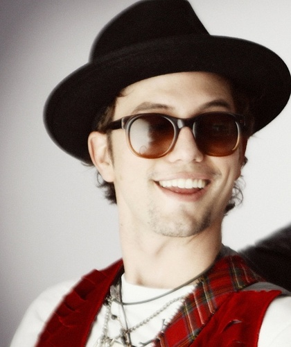 Troix Magazine - Jackson Rathbone, 100 Monkeys