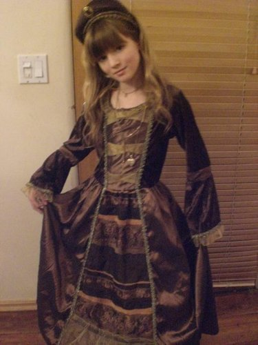 bella thorne wallpaper probably containing a kirtle, a polonaise, and a gathered rok entitled Young Bella<3