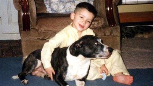 Zayn wiv a family pet very rare pic :) x