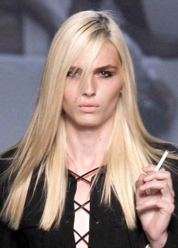 andrej pejic Hintergrund containing a portrait titled andrej