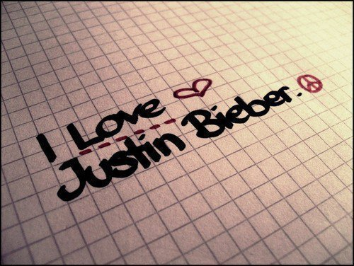 i love justin bieber jumpers. I-love-justin-ieber-justin-