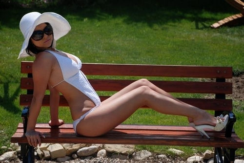 Inna wallpaper containing a park bench titled inna-sexyphoto