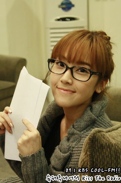 Jessica Without Makeup Snsd. jessica-kbs kiss the radio