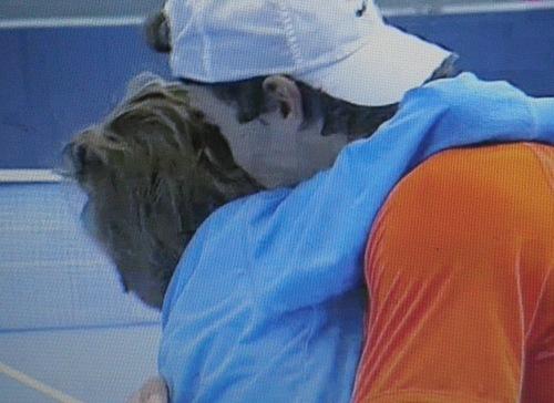 rafa nadal kisses with child 2