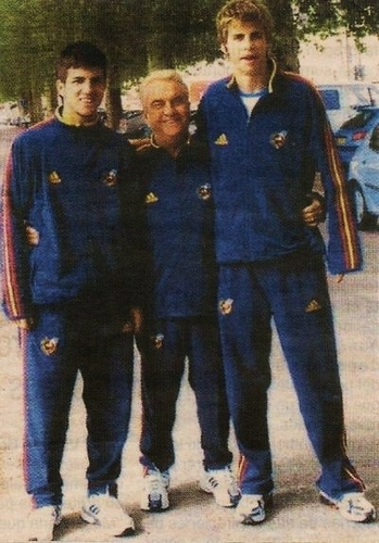 young Cesc &amp; Gerard - gerard-and-cesc Photo