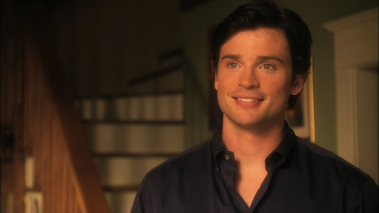 http://images4.fanpop.com/image/photos/16800000/10x07-Ambush-smallville-16842900-1280-720.jpg