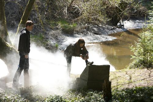 Additional Season 1 Episode Stills 1x01