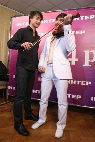 Alexander Rybak wallpaper titled Alex with Vitaliy Kozlovskiy