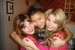 Bella& her Firneds - bella-thorne icon