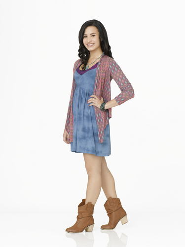 Demi Lovato - Camp Rock 2: The Final confiture promoshoot (2010)
