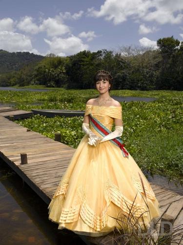 Demi Lovato - Princess Protection Program promoshoot (2009)
