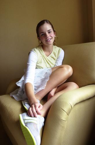 Emma Watson - Photoshoot #008: Linda Rosier Hotel (2003)