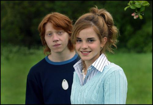 Emma Watson - Photoshoot #013: Los Angeles Times (2004)