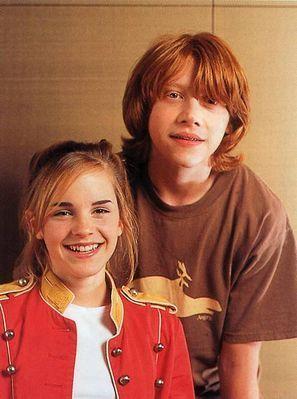 Emma Watson - Photoshoot #015: Nhật Bản shoot (2004)