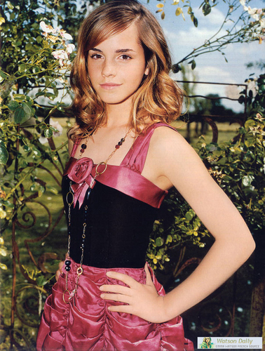 Emma Watson - Photoshoot #024: Teen Vogue (2005)