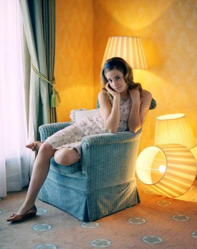 Emma Watson - Photoshoot #027: Evening Standard (2005)