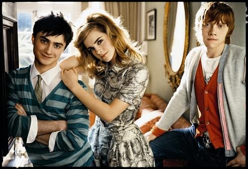 Emma Watson - Photoshoot #034: Teen Vogue (2007)
