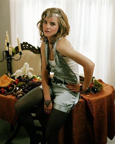 Emma Watson - Photoshoot #036: Parade (2007)