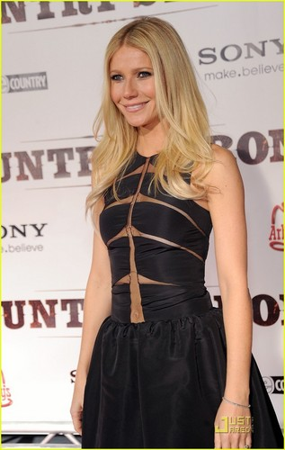 Gwyneth Paltrow: 'Country Strong' Premiere in Nashville!