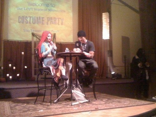 Hayley Hair Pink!