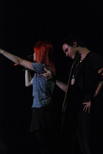 Josh & Hayley♥