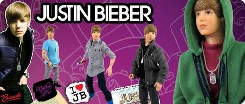 Justin Bieber anak patung